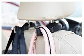 Móc treo đồ trên ô tô